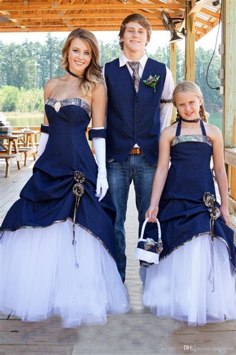 Discount Elegant New Designer Cowboy Camo Wedding Dresses