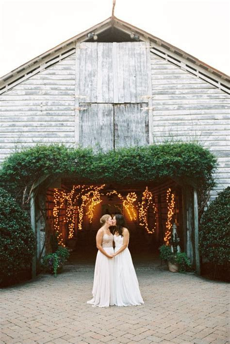 Elegant Fearrington Village Barn Wedding   Brides