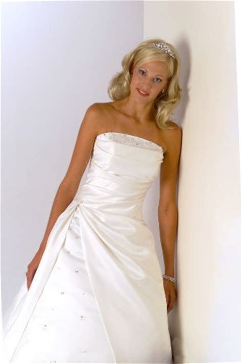 Polyester wedding dress cleaning, synthetic gown cleaning
