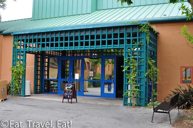 UC Irvine Pippin Commons- Irvine, CA: Entrance