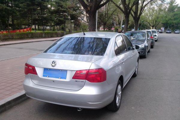 Volkswagen_Jetta_2013_(Chinese_market),_rear