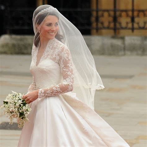 Kate Middleton's wedding dress: A closer look at the