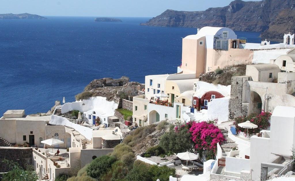 Oia, Santorini-Greek magic at it's best! (Archive