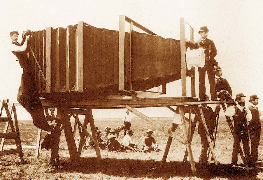 The Mammoth Camera of George R. Lawrence
