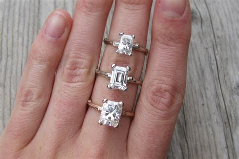What is the difference between radiant cut and emerald cut