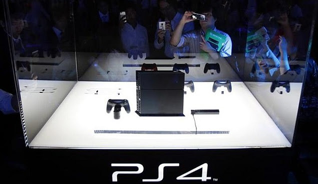 Sony-PS4-at-TGS-2013.jpg
