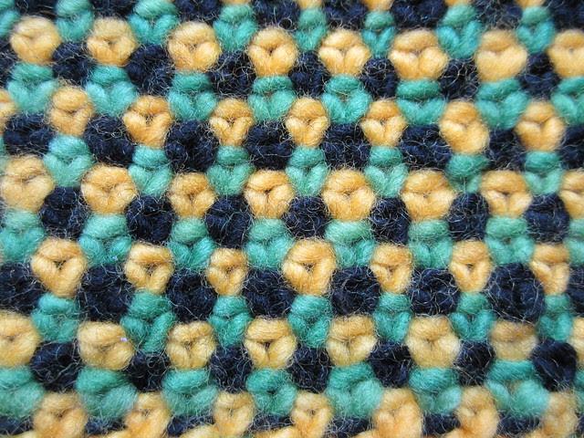 Linen stitch Canaries scarf WIP 001
