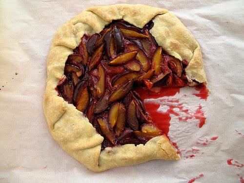 plum crostata 2