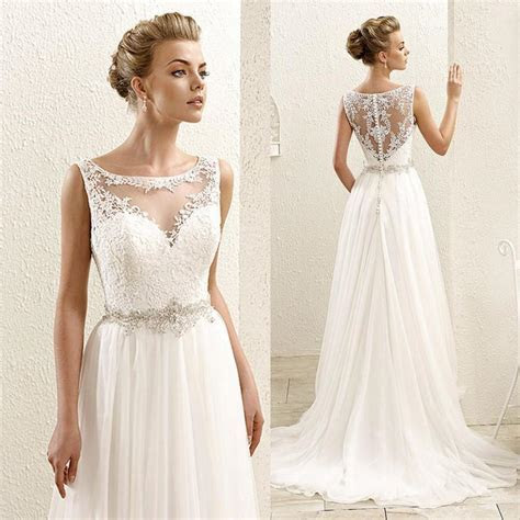 2016 New Sleeveless Lace Illusion Neckline Plus Size