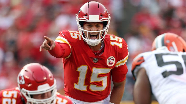 Patrick Mahomes named AFC offensive player of the week