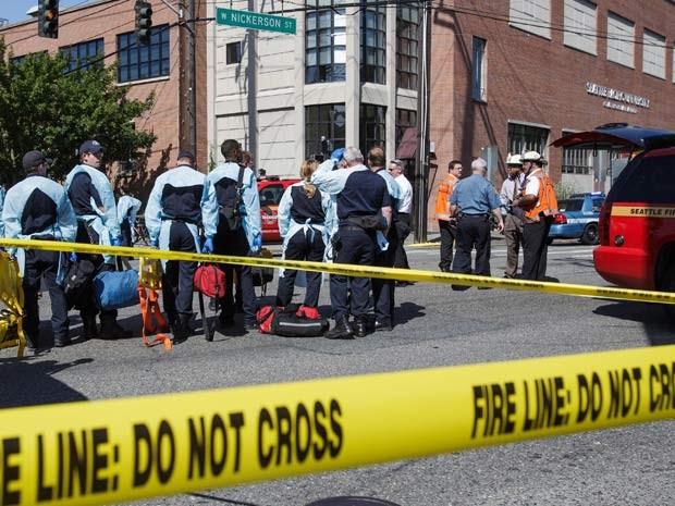 Área da Universidade de Seattle foi isolada devido ao tiroteio que ocorreu no campus nesta qunta (5) (Foto: AP Photo/The Seattle Times, Dean Rutz)