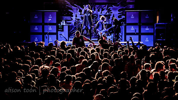 Crowd and circle pit, Attila, Ace of Spades, Sacramento