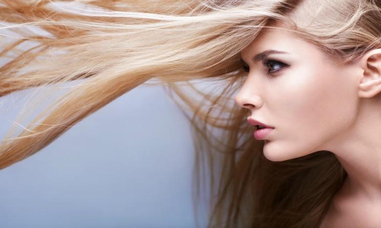 Schiarire i capelli naturalmente 6 metodi FAI DA TE! [FOTO & VIDEO]