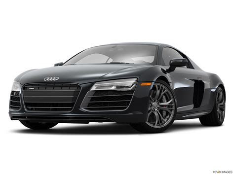 2015 Audi R8 Coupe Automatic quattro V10   Front angle view, low wide perspective