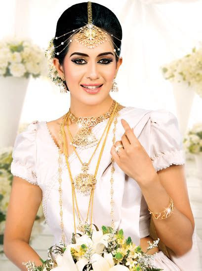 Unique Bridal Jewellery unveiled by Vogue Jewellers