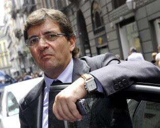 Quei dossier segreti di Lavitola tra Cosentino e la Guardia di Finanza