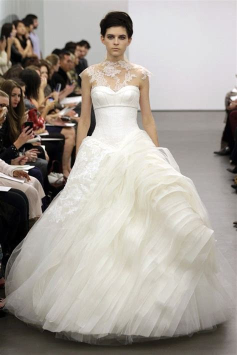 Return to Romance with Vera Wang, Fall 2013   OneWed