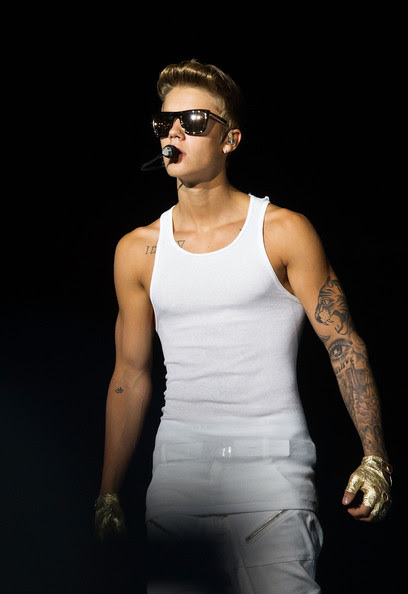 Justin Bieber - Justin Bieber Performs in Singapore