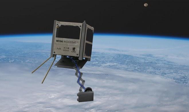 Первый в мире деревянный спутник отправится в космос в этом году