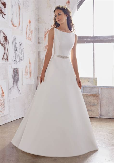 Maxine Wedding Dress in 2019   Wedding Gowns in Store