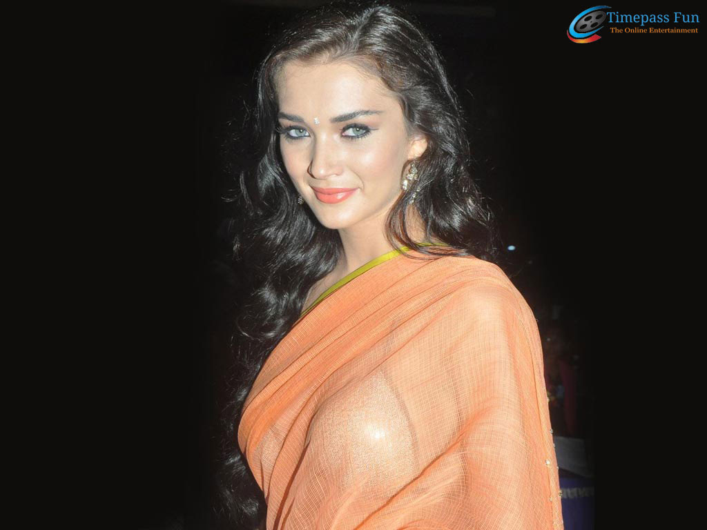 amy-jackson-sexy-sari