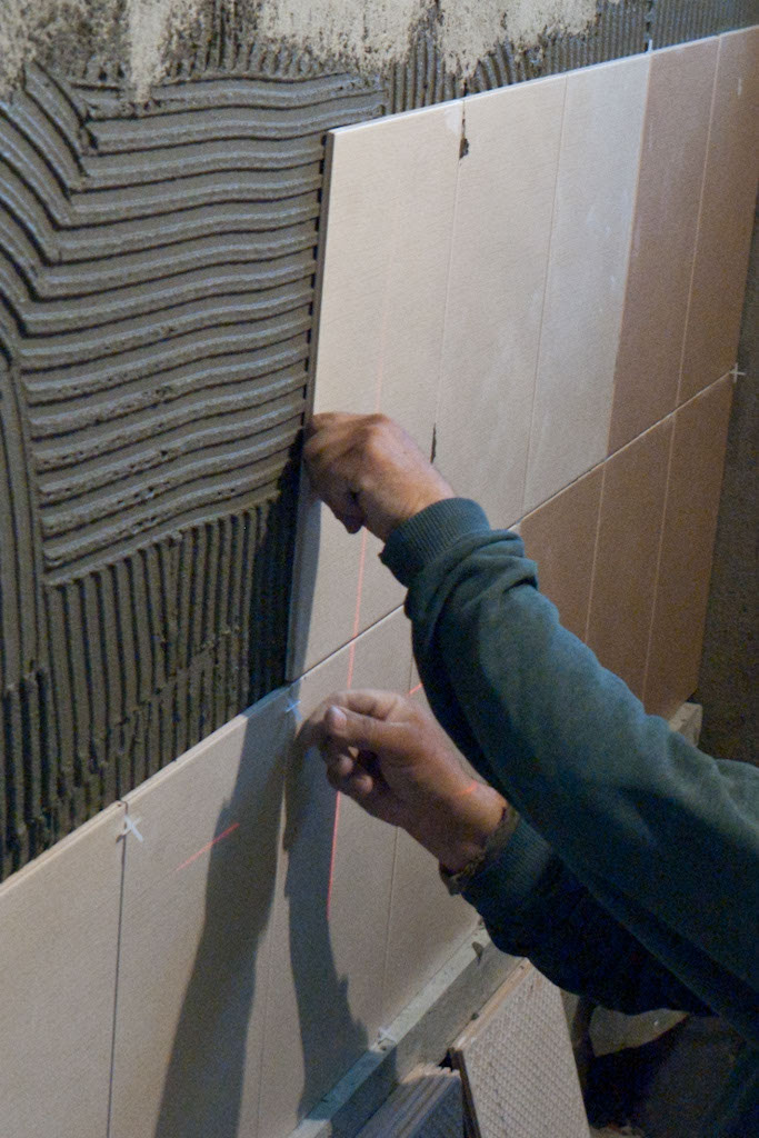 How to install wall tile in bathroom   HowToSpecialist ...