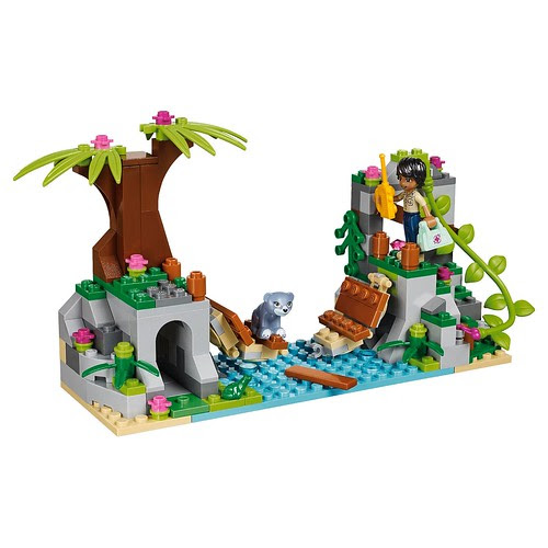 LEGO Friends Jungle Bridge Rescue #41036 the bridge scene
