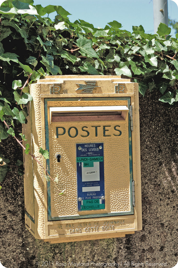 Walk Saturday Postbox France 1 2 bis