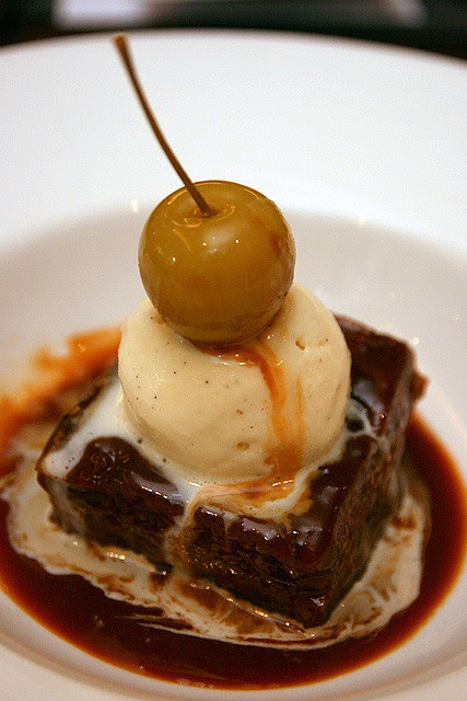 Steamed Toffee and Date Pudding