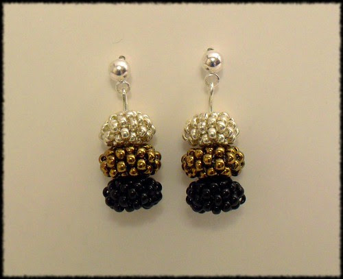 Beading Daily Earrings Every Day Challenge: Day 25