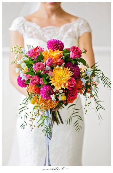 Wedding Wednesday :: Bright and Bold Summer Bouquets