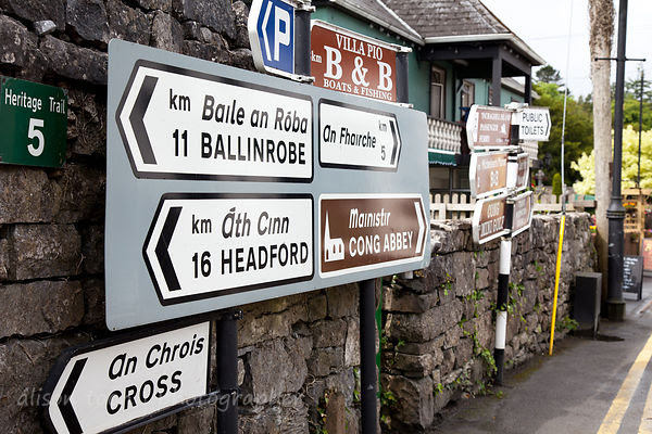 Bilingual road sign, Ireland