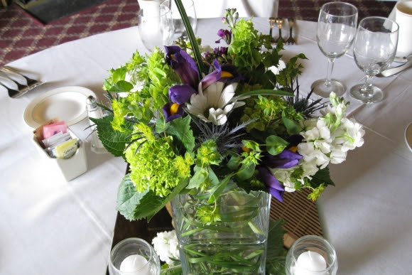 Wedding Reception Flowers Branford Flowers In Branford Ct Specializing In Wedding Flowers Bridal Bouquets Wedding Bouquets Corsages Boutonnieres Wedding Ceremony Flowers Wedding Reception Flowers
