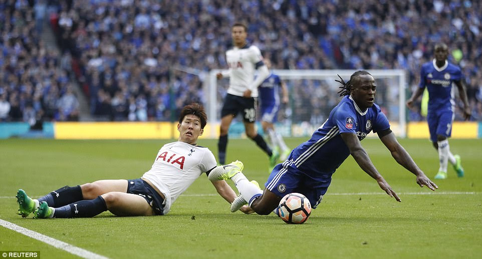 Chelsea were awarded a first-half penalty after Son  brings Victor Moses to the ground with a sliding tackle
