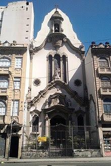 http://upload.wikimedia.org/wikipedia/commons/thumb/3/3e/Bra_rj_igr_n_sra_lampadosa.jpg/220px-Bra_rj_igr_n_sra_lampadosa.jpg
