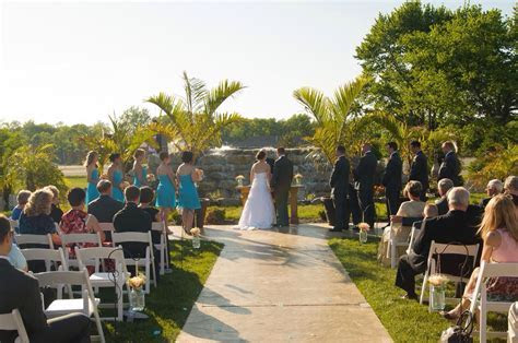 Outdoor wedding venue near Indianapolis   Best Indy Area