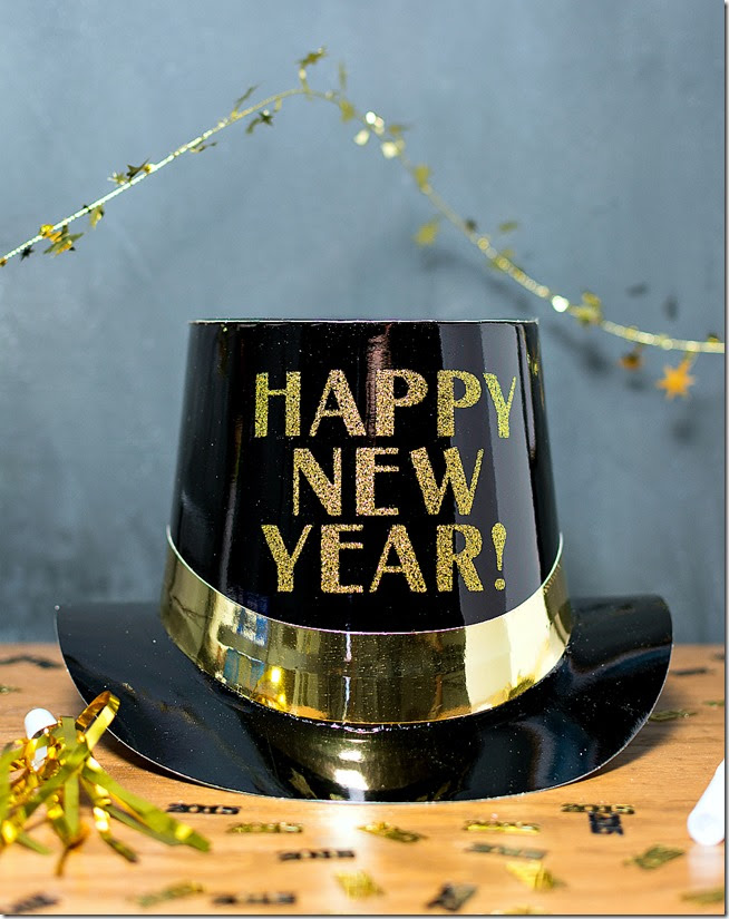 new-year-hat-and-decorations-black-gold-4