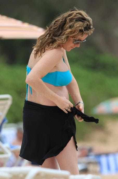 Kathleen Robertson Hot - Hot 12 Pics   Beautiful, Sexiest
