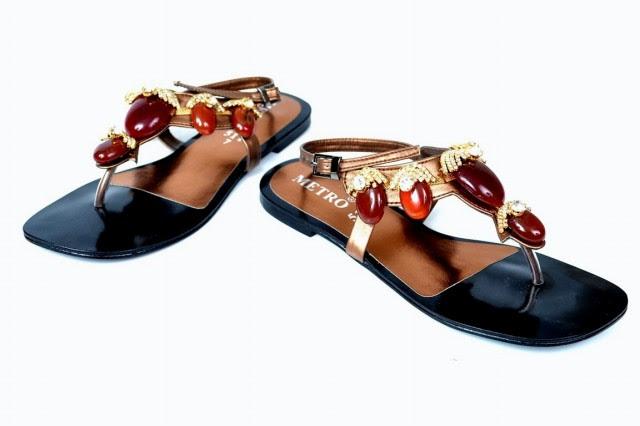 Girls-Womens-Beautiful-Fancy-Flat-Shoes-Eid-Footwear-Collection-2013-by-Metro-Shoes-2