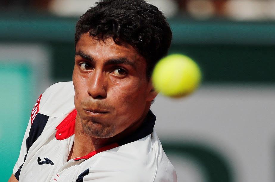 Monteiro cai para Monfils e está fora de Roland Garros; Rogerinho segue nas duplas