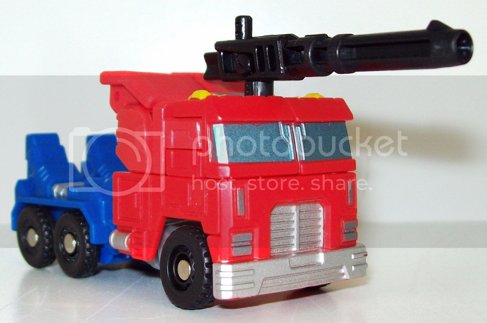 Optimus Prime Roller photo TF008_zpsf054efec.jpg