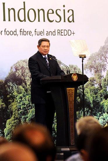 http://images.detik.com/content/2011/09/27/157/SBY2.jpg