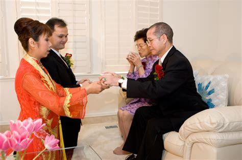 Chinese Wedding Tea Ceremony   D. Dominik Wickles, Romance