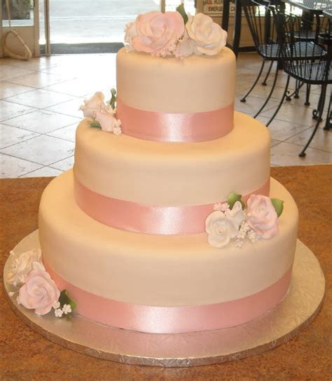 C'est Si Bon Bakery   San Jose, CA Wedding Cake