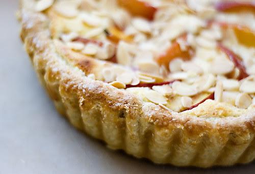 nectarine tart - crust edge