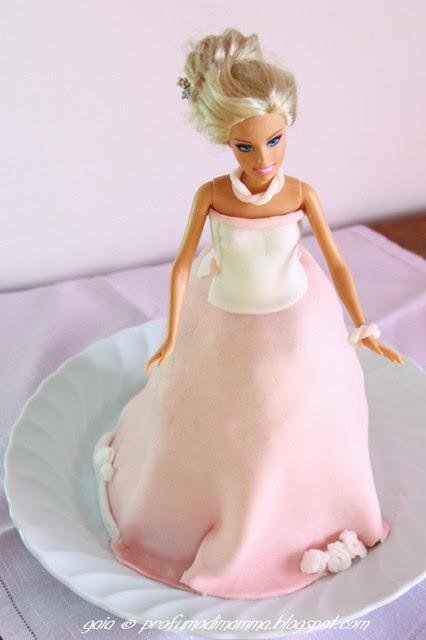 Torta bambola