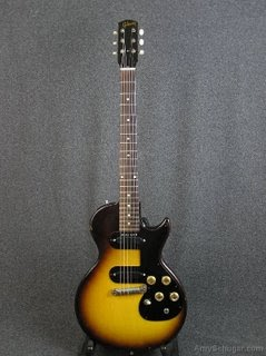 Vintage Gibson Guitars Gibson Melody Maker