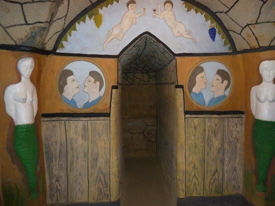 Foto's van Painted cellar (Malovany sklep), Satov