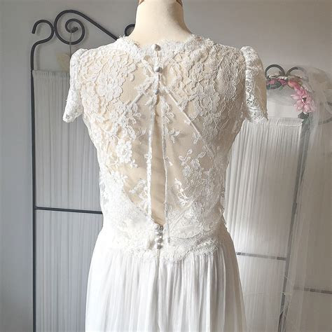 Vintage Lace Wedding Dress Designer London   Dana Bolton