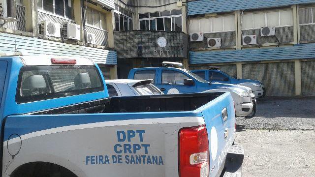 Homem é morto a pedradas em Feira de Santana; irmãos assumem o crime